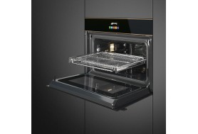 Комбинирана фурна и микровълнова за вграждане SMEG Dolce Stil Novo SF4604MCNR в черно стъкло и медни профили