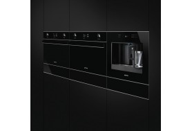 Автоматична кафе машина - кафе автомат SMEG Dolce Stil Novo CMS4601NX в черно стъкло и иноксови профили