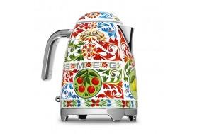Термо кана за топла вода в уникален дизайн Dolce & Gabbana произведен от Smeg KLF03DGEU