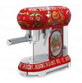 Еспресо кафе машина СМЕГ в ретро дизайн Dolce & Gabbana  SMEG ECF01DGEU